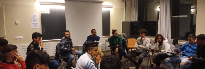 """La CUP mostra el seu suport als joves migrats en lluita de la """"Tancada per Drets"""" i insta a la Diputació a posicionar-s'hi"""