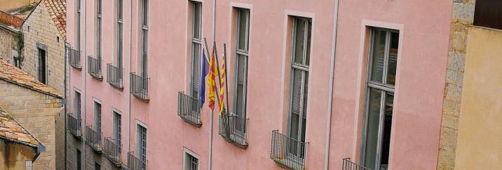 La CUP presenta una moció al Ple de la Diputació de Girona de rebuig a la sentència del Tribunal Suprem que limita l'exposició de banderes LGBTI+ en edificis públics